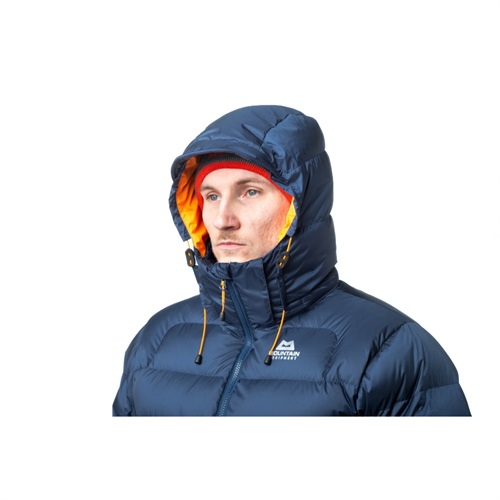 ME_Lightline_Jacket_Navy_Hood_Over_Head-14_2