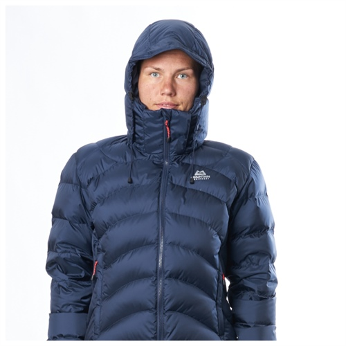 Bunda Mountain Equipment W's Lightline Jacket | Legion Blue 16